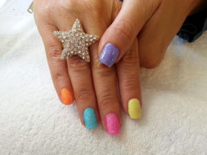 perfect-nails-for-the-prom